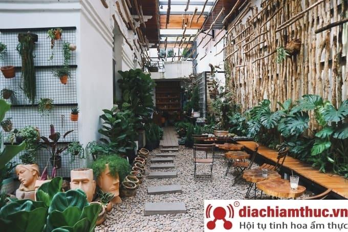 Joy Garden Coffee - Khu vườn giữa Sài Thành