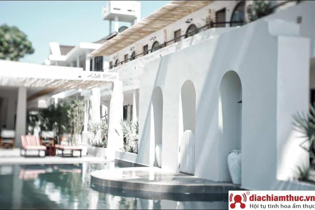 Khách sạn cao cấp Mũi Né