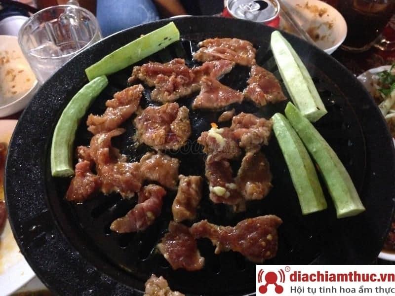 Lẩu bò cay – Quán ẩm thực Hai Châu