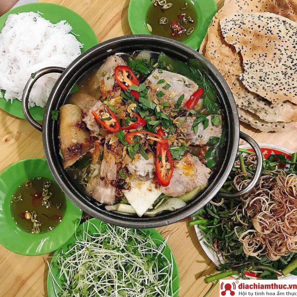 Lẩu cá đuối Út Mười - Trương Công Định