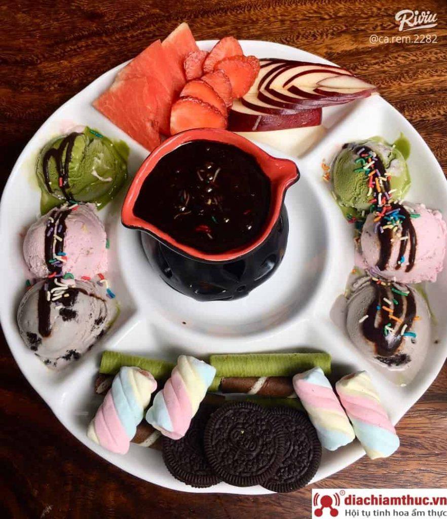 Lẩu kem Nè Pà Kon
