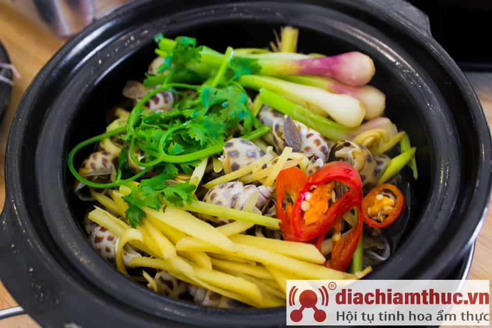 Lẩu mực nấu chao Thuận Phúc Vũng Tàu