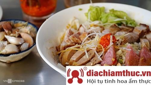 Món Bún mắm nêm ngon Đà Nẵng