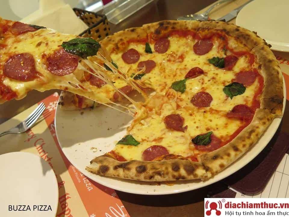 Món ăn Buzza Pizza tại Emart Gò Vấp