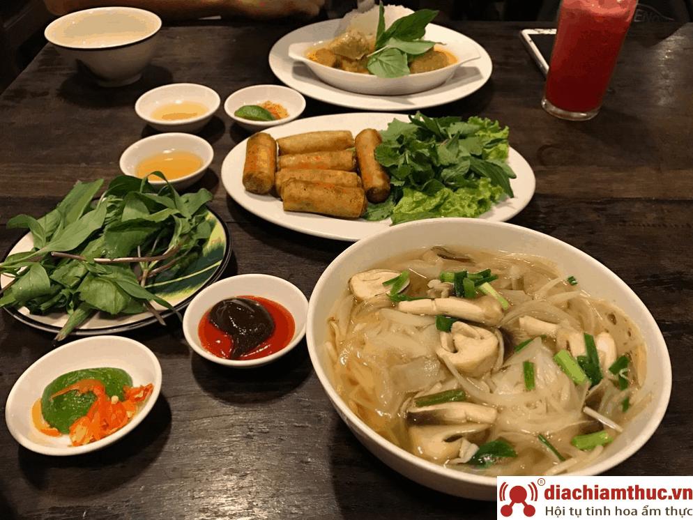 Nhà hàng Saigon Vegan tại Quận 3