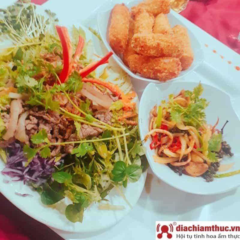 Nhà hàng hải sản 63 Cao Thắng tại Q3
