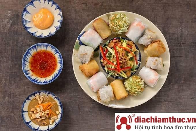 Quán Bụi Garden - Ngô Quang Huy Q2