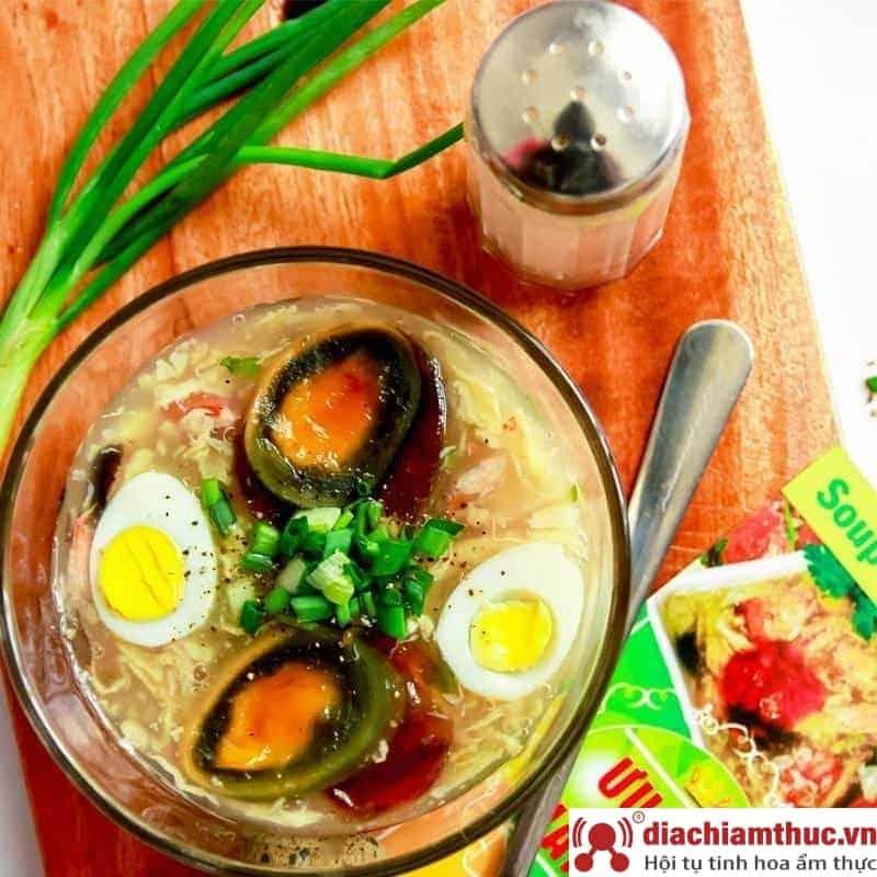 Quán súp cua trứng Bắc thảo tại Quận 1 SG