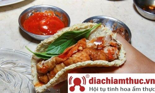 Tacos vịt nướng Q2