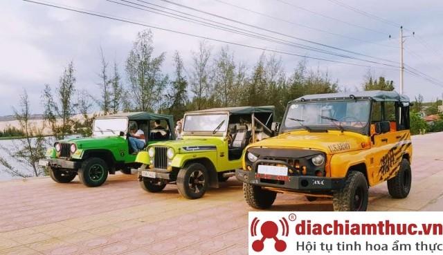 Thuê xe Jeep đi Mũi Né