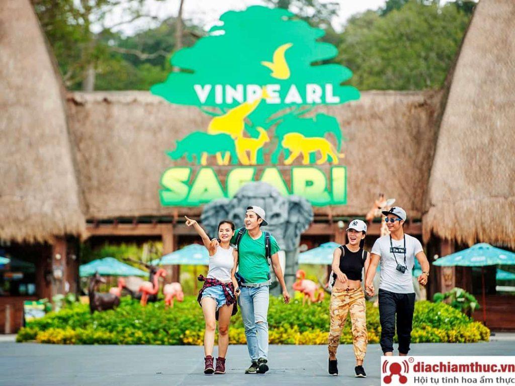Vinpearl Land và Vinpearl Safari