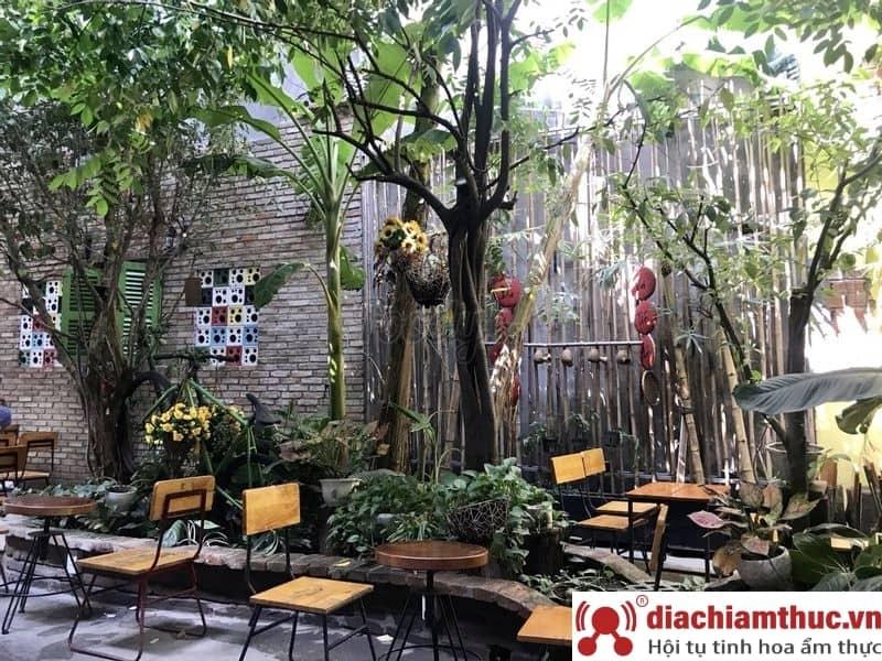We Cafe An Phú