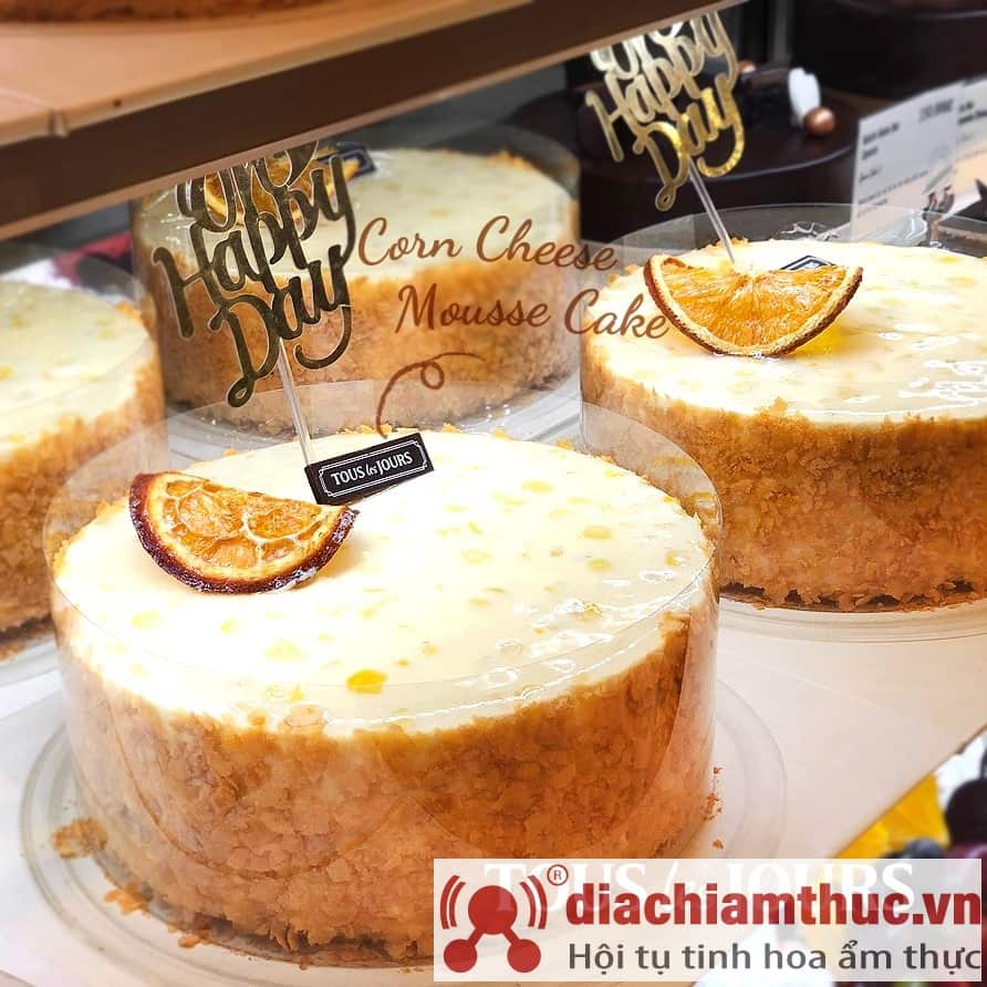 Bánh kem bắp Tous les Jours Sài Gòn