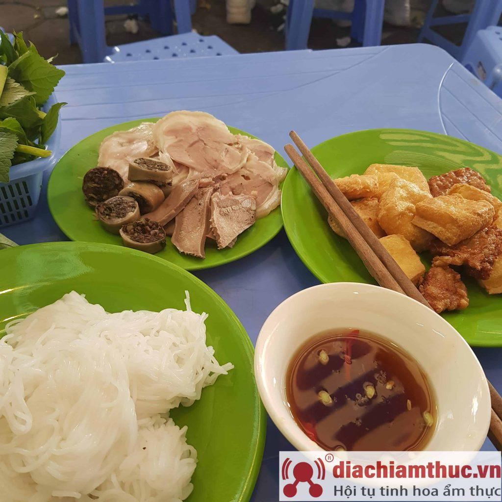 Bún đậu Phan Phù Tiên