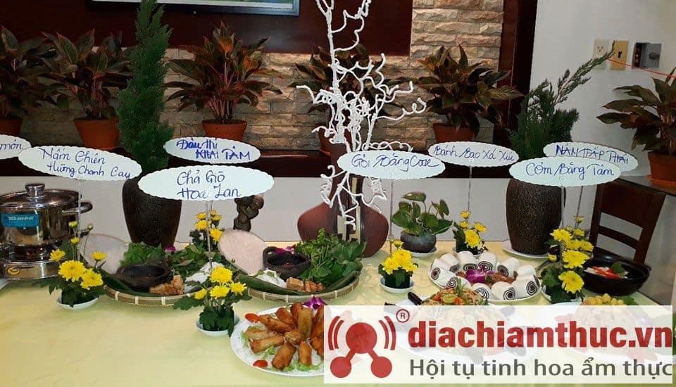 Nhà hàng chay Khai Tâm