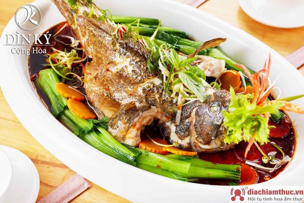 Nhà hàng Dìn Kí - Sài Gòn