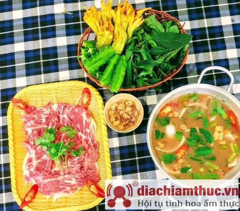 Nhà hàng Tân Đông Hải quận 8