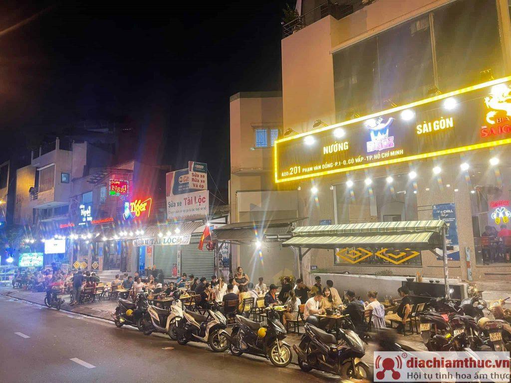 Quán nướng ngói Sài Gòn