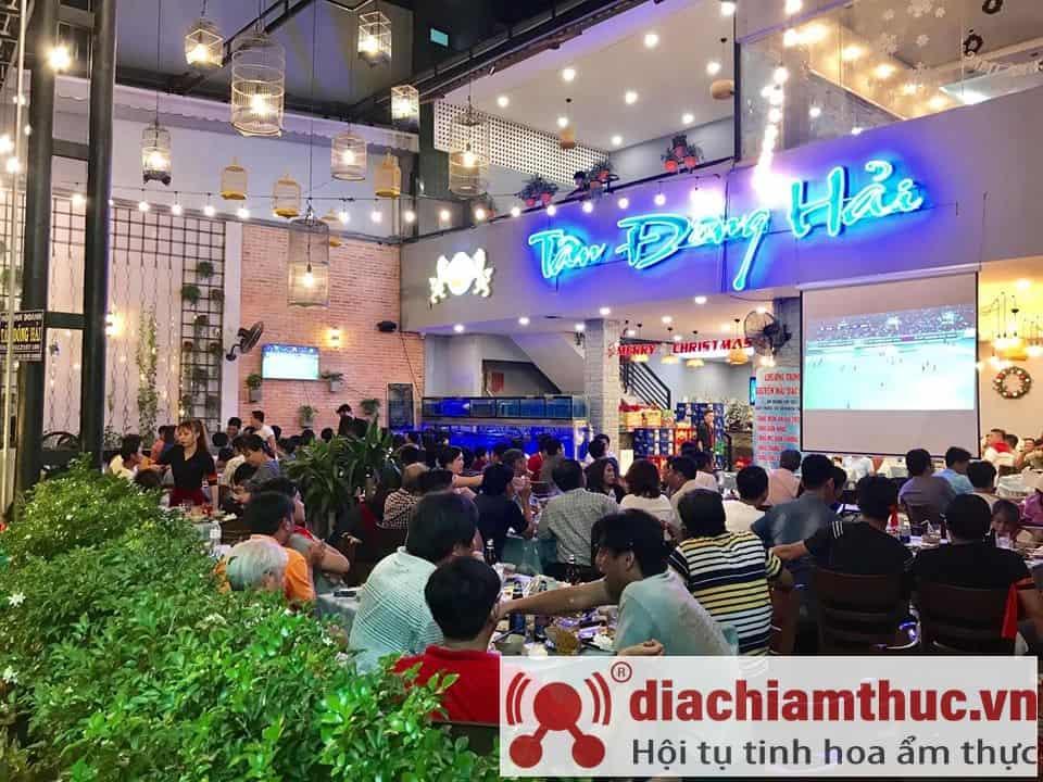 Nhà hàng Tân Đông Hải ở quận 8