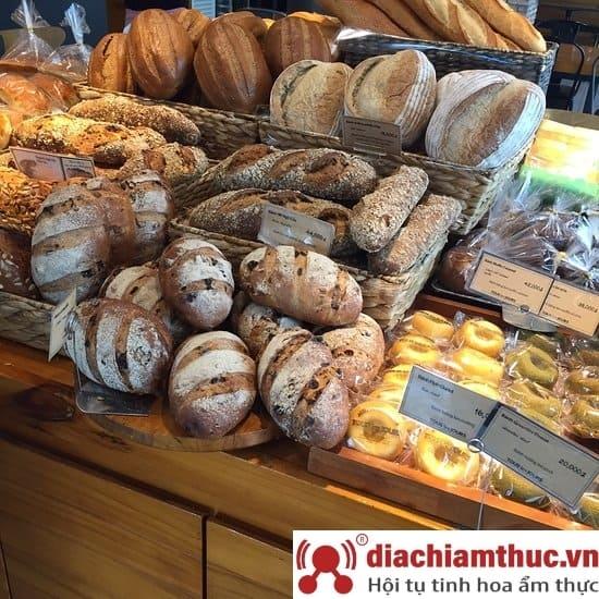 Bánh mì Tous Les Jours Vietnam