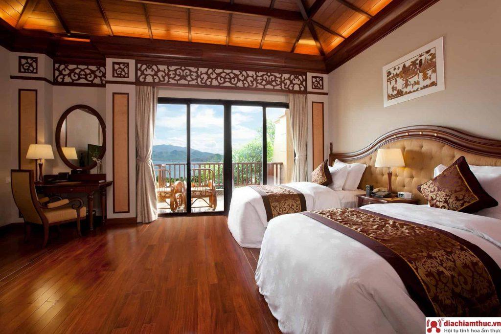Các khách sạn Vinpearl Land NT