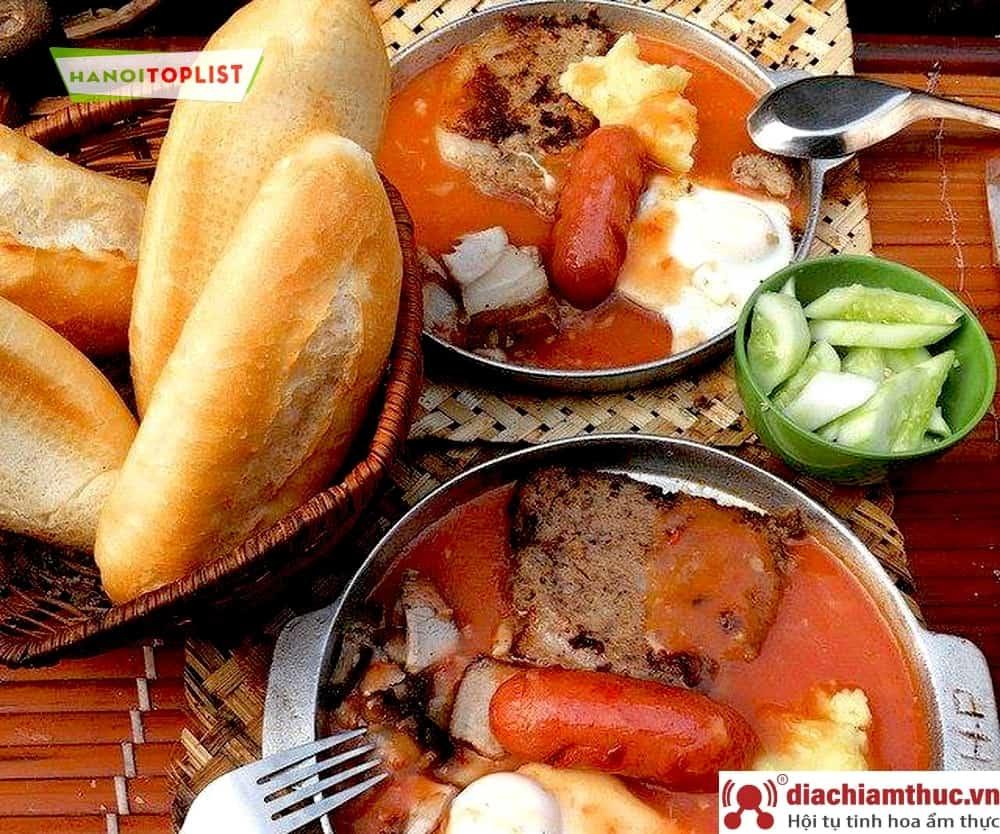 Cột điện quán - Bánh mì chảo HN
