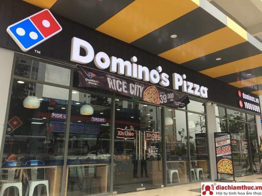 Cửa hàng Domino's Pizza