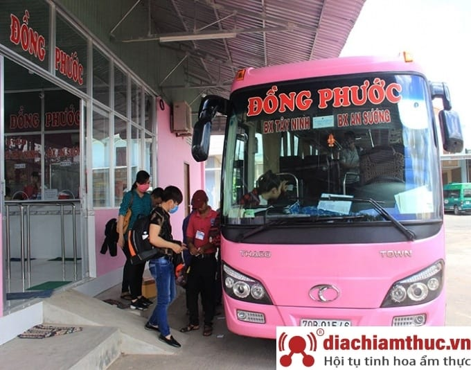 Du lịch đến Tây Ninh bằng xe khách