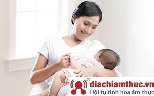 Lợi ích sữa non dành cho phụ nữ mang thai và con bú