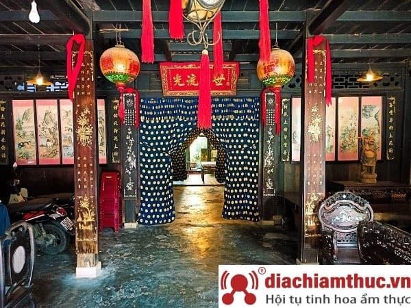 Nhà cổ Phùng Hưng