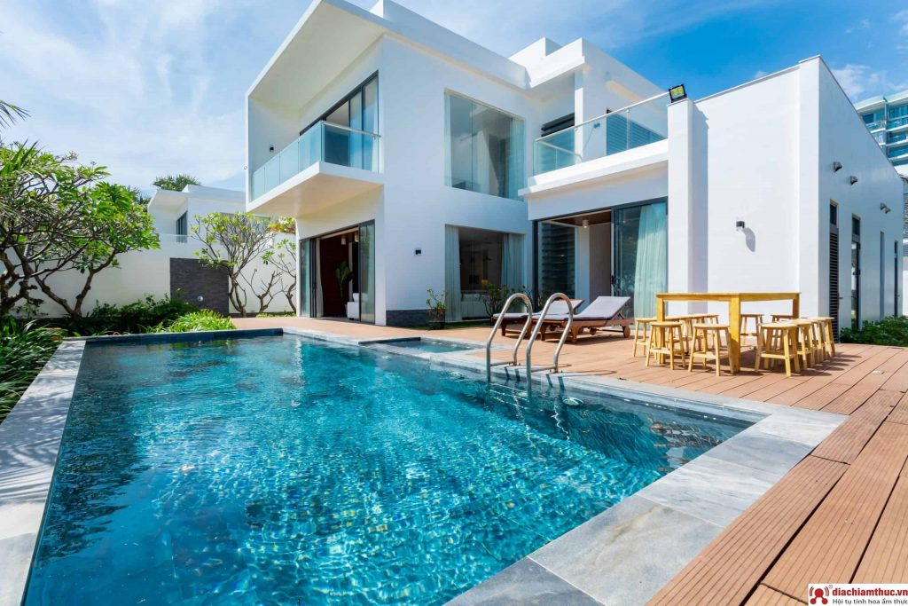 Tico Pool Villa