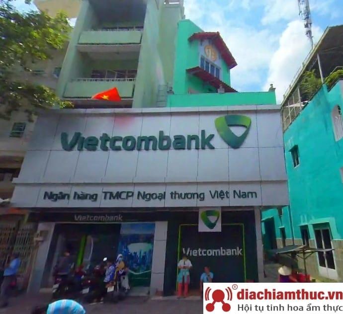 Chi nhánh PGD Vietcombank gần nhất ở quận 11