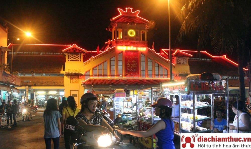 Chợ đêm Tây Ninh