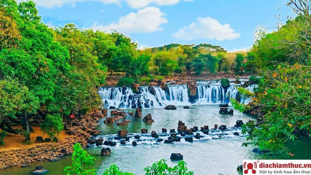 Du lịch thác Giang Điền vào mùa nắng