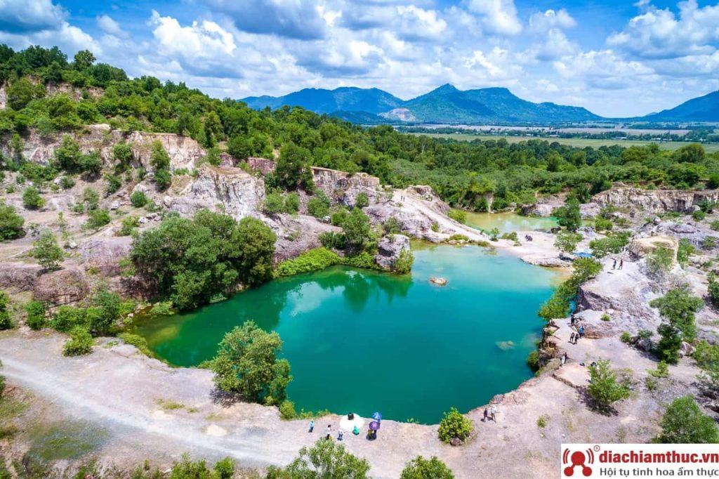 Hồ Tà Pạ AG