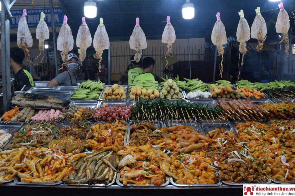 Khu phố ăn đêm Tây Ninh