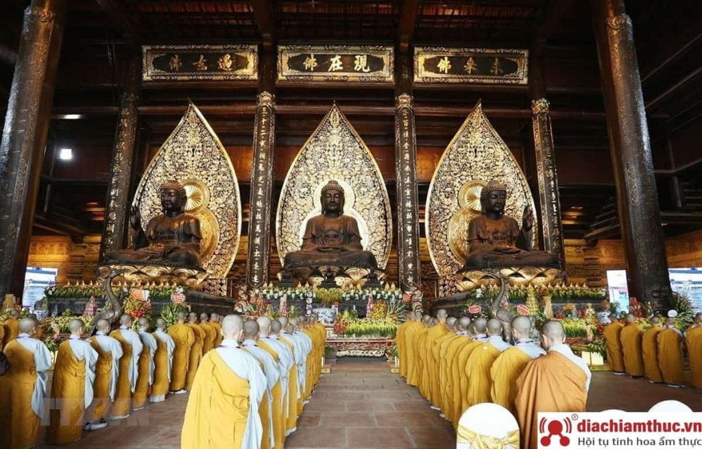 Lễ khi đi chùa Tam Chúc