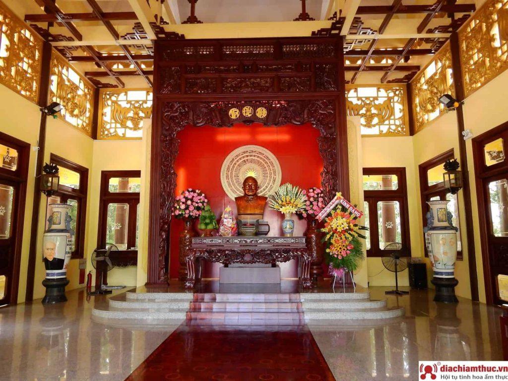 Nhà lưu niệm Tôn Đức Thắng tại AG