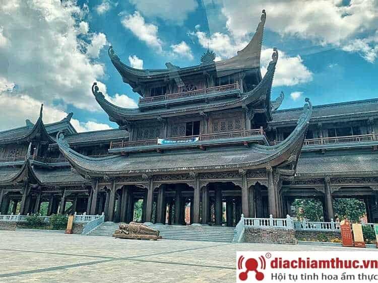 Sơ lược chùa Tam Chúc