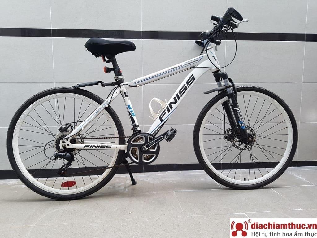 Xe đạp thể thao Nhật Shimano