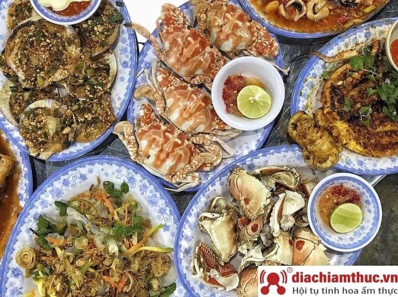 Ăn hải sản ở Sầm Sơn