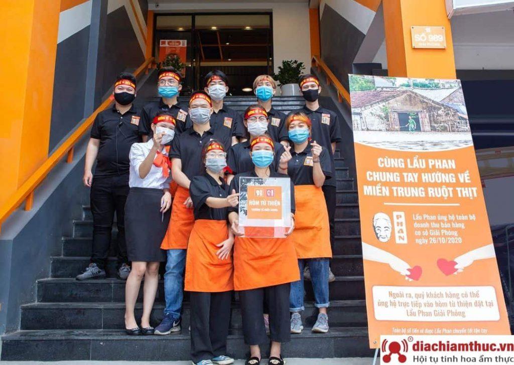Nhân viên tại Lẩu Phan