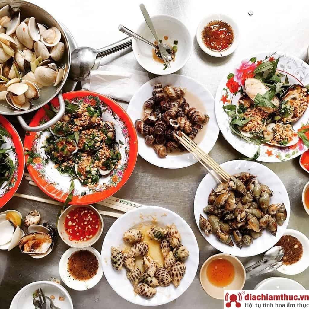 Quán ăn vặt ngon rẻ ở quận Bình tân