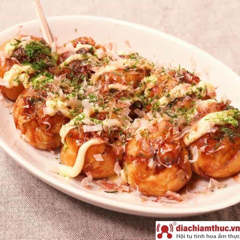 Quán takoyaki tại Hóc Môn