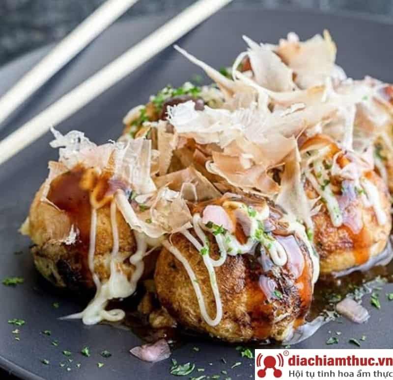 Quán takoyaki tại Quận 2