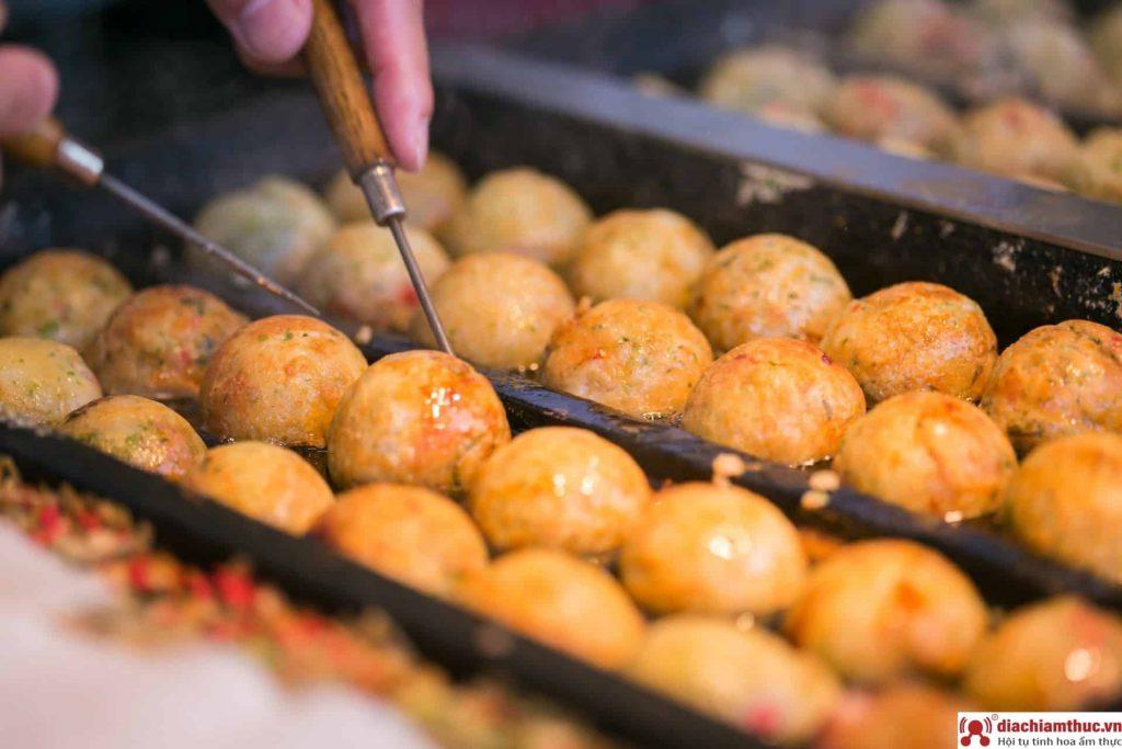 Quán takoyaki tại Quận Tân Phú