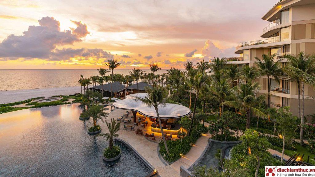 Review chi tiết về Intercontinental Phú Quốc Long Beach Resort