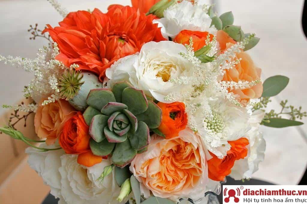 Talia Flower
